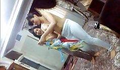 Amazing babes dancing : pakistani muslimhotani