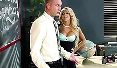 Busty blonde is in is willing for some quick lesson
