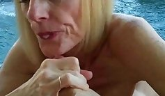 Buxom mommy Nora Hart gives steamy blowjob to her patient