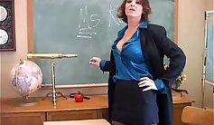Amazing teacher Daria Hogers pussy fed by a boner
