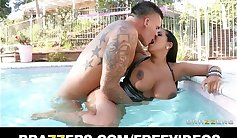 Big boob latina milf toying --- ichinger