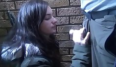 Amateurs outdoor blowjob and freezing flasher Goldas exhibitionist oral sex and